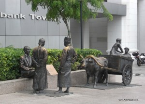 Bronze Statues at Boat Quay